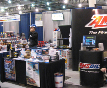 Des Moines, IA AMSOIL dealer display.