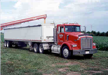 Grain Haulers increase mileage up to 8.5% using AMSOIL throughout.