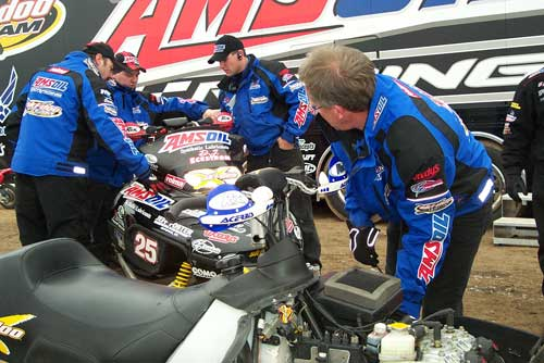 The most notorious racing and sled users depend on AMSOIL Interceptor & Dominator